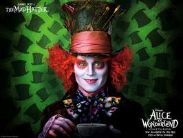 Alice_1024x768_01_HE_Post.jpg